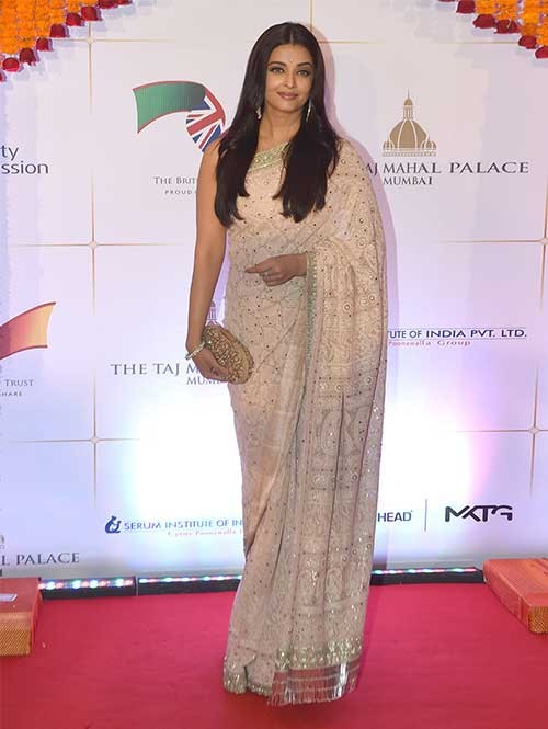 Aish Off White Colored Georgette Saree Online