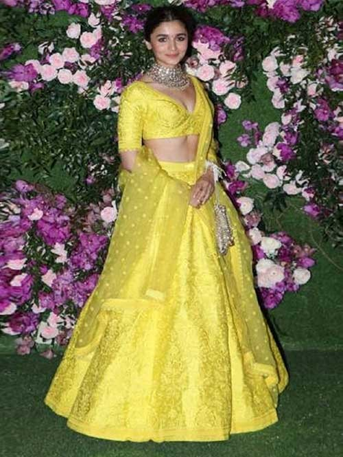 Alia Bhatt In Yellow Colored Beautiful Embroidered Tafeta Silk Lehenga Choli