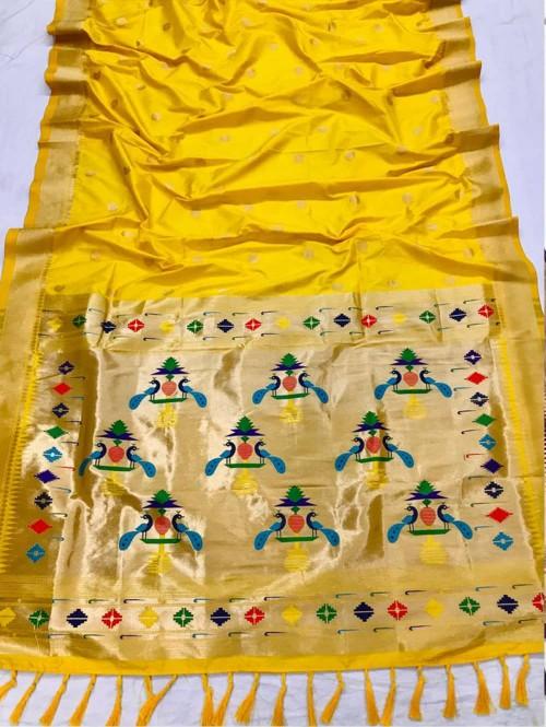 Appealing Yellow Kanchipuram woven saree