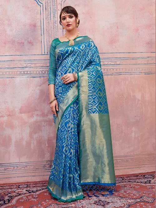 Beautiful Weaving Top Dyed Silk Sarees with Tassels And Enigmatic Blouse-Blue