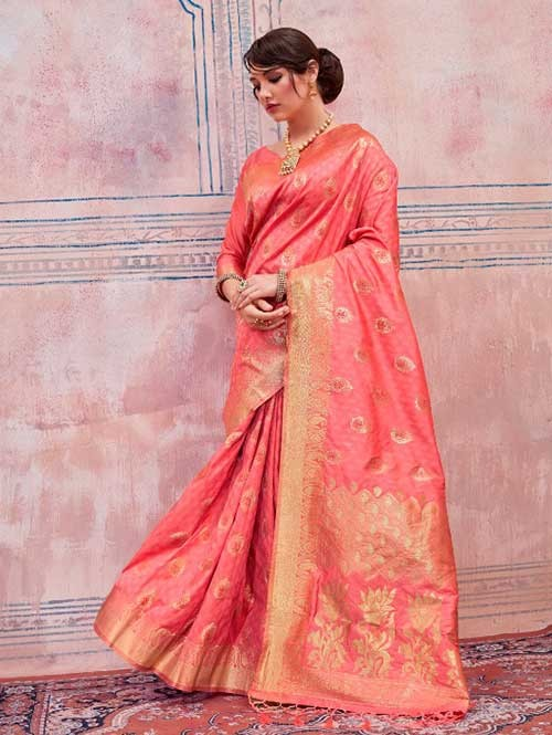 Beautiful Weaving Top Dyed Silk Sarees with Tassels And Enigmatic Blouse-Peach