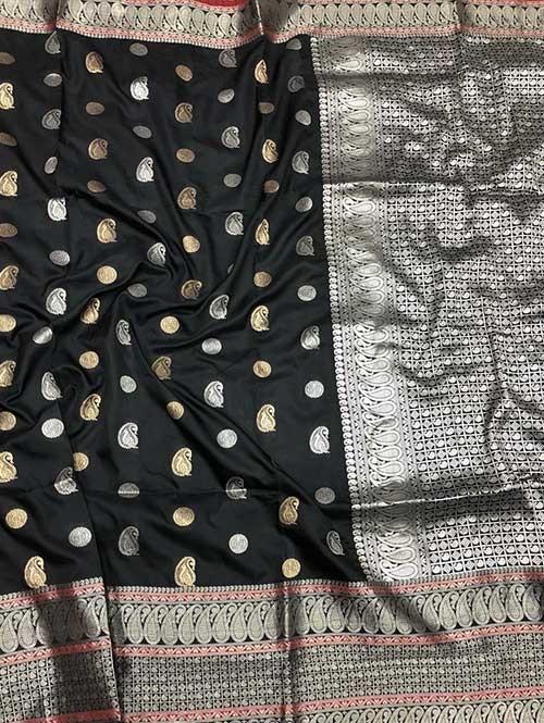 Black Colored Beautiful Zari Weaving Saree Online