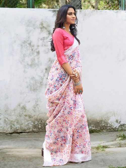 Branded Beautiful Digital Floral Printed Linen Saree - Elegance