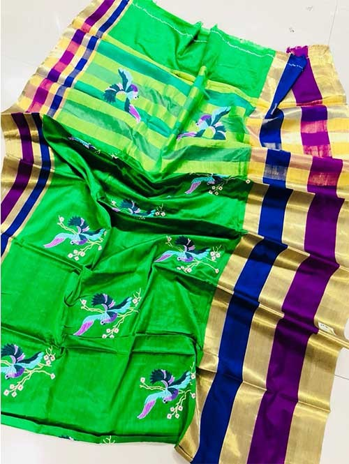 Green Colored Beautiful Embroidered Pure Silk Cotton Saree