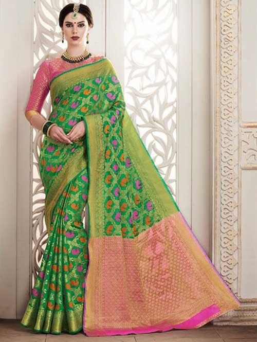 Green Colored Beautiful Silk Weaving Saree