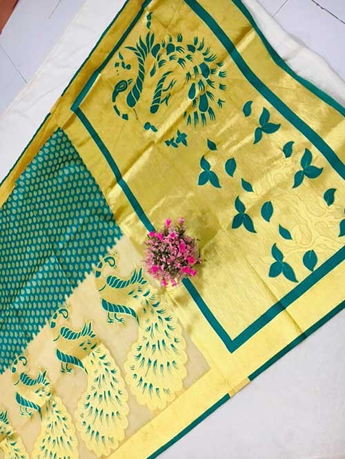 Green Colored Beautiful Soft Banarasi Silk Saree