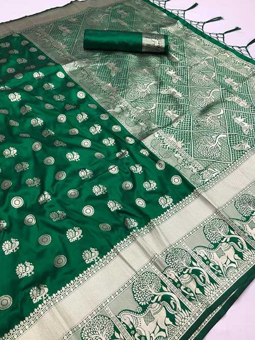 Green Colored Beautiful Soft Silk Traditional Saree With Kachi Border