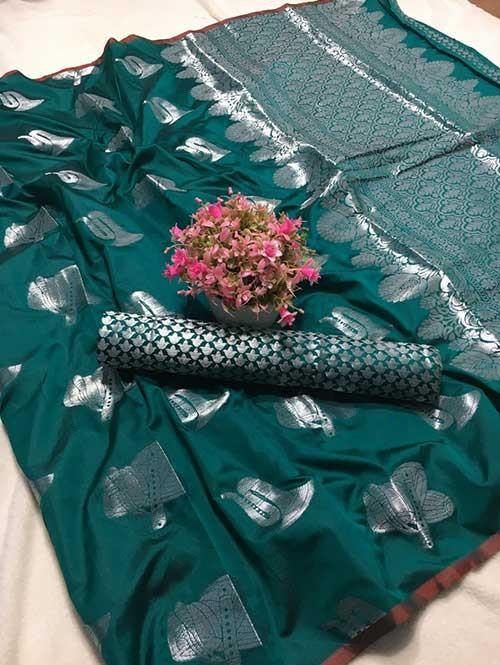 Green Colored Beautiful Weaving Banarasi Silk Saree - Silver