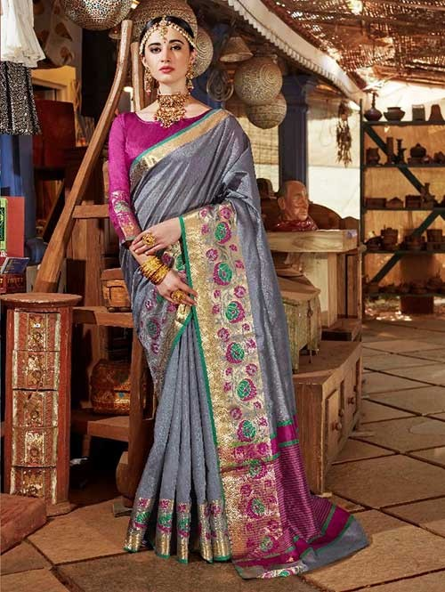 Grey Color Beautiful Handloom Waving Silk Saree