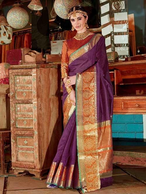 Maroon Color Beautiful Handloom Waving Silk Saree