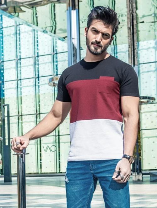 Men Black & Maroon Colour blocked Cotton T-shirt