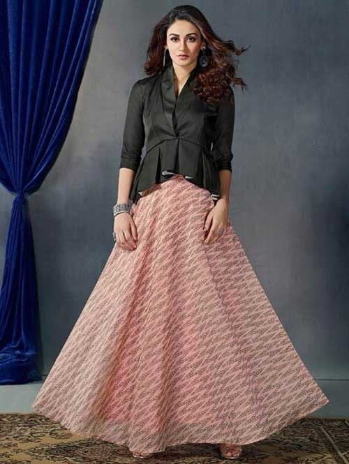 Peach Printed Skirt With New Style Fashionable Black Top
