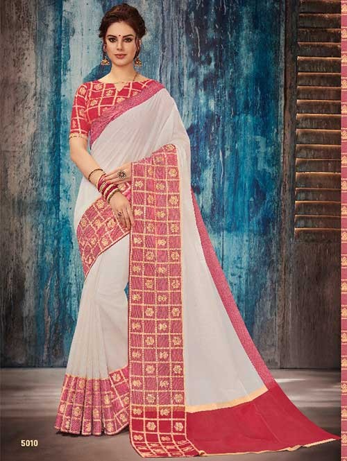 Off White Colored Beautiful Banarasi Silk Saree With Rich Blouse