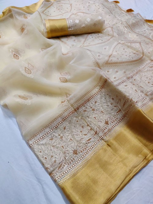Off White Colored Beautiful Foil Printed Organza Saree - Palkhi
