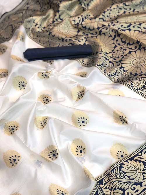 Off White Colored Beautiful Soft Silk Traditional Saree Online