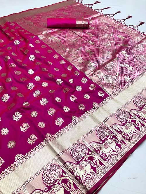 Pink Colored Beautiful Soft Silk Traditional Saree With Kachi Border