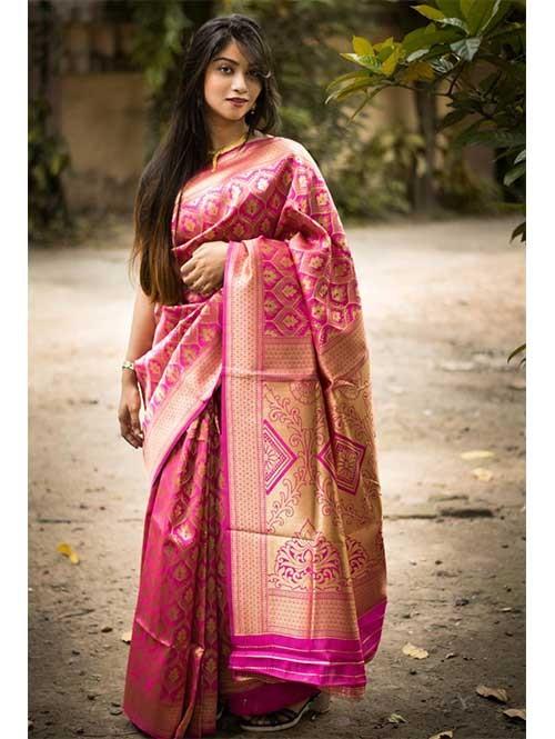 Pink Colored Beautiful Soft Silk Traditional Zari Weaving Saree