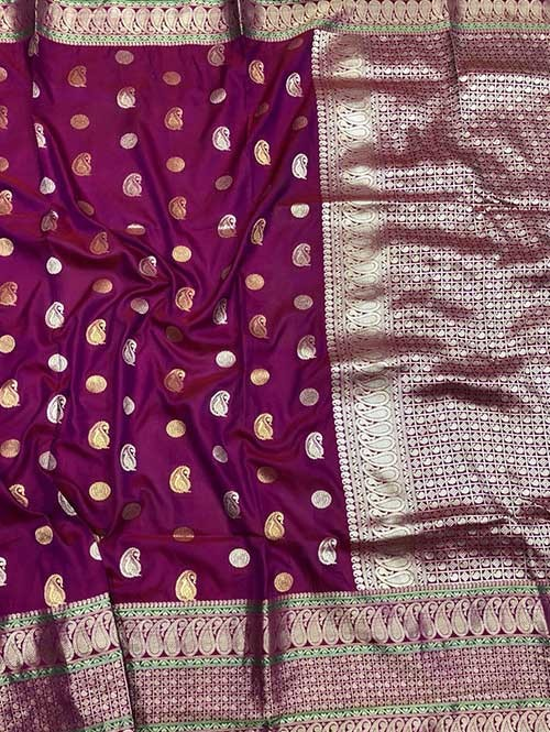 Purple Colored Beautiful Zari Weaving Saree Online