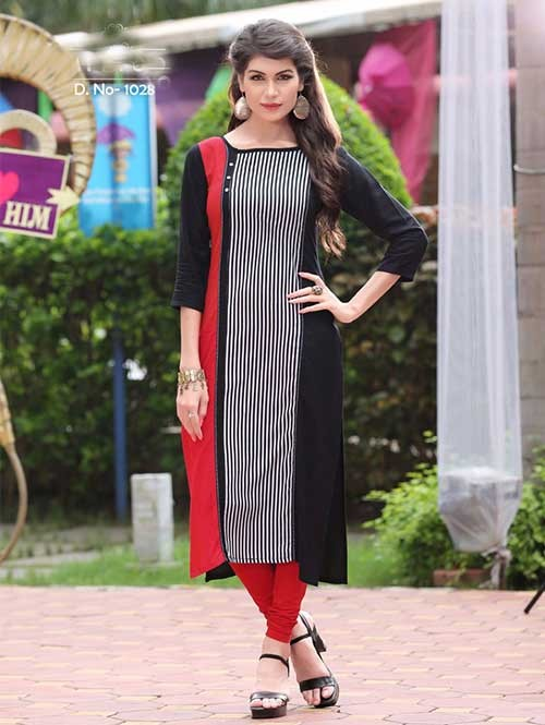Red And Black Colored Beautiful Rayon Printed Kurti