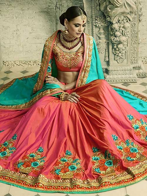 Red and Green Colored Beautiful Embroidered Two Tone Silk Georgette Saree