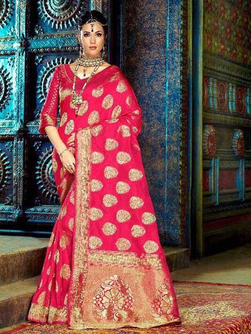 Red Color Beautiful Waving Silk Saree