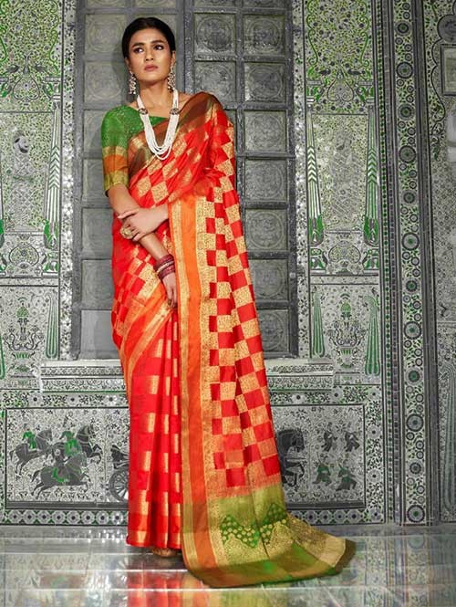 Red Color Beautiful Weaving Silk Saree - Kaanch