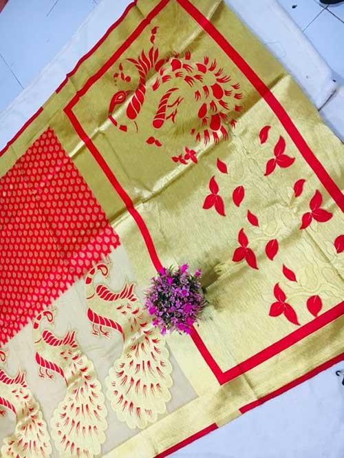 Red Colored Beautiful Soft Banarasi Silk Saree Online