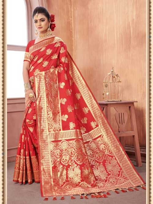 Red Colored Beautiful Weaving Silk Saree - Digi Moda