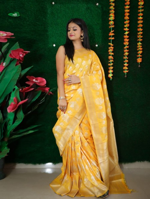 women's Yellow Soft silk Traditional Party wear saree
