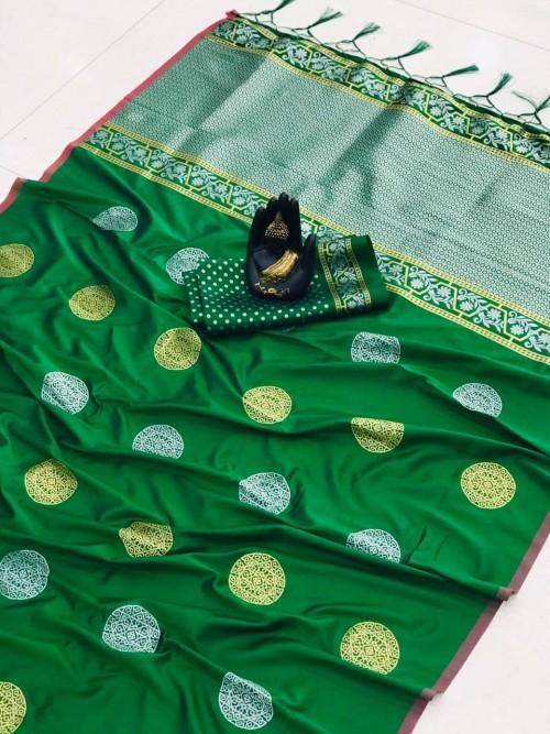 green saree blouse combination