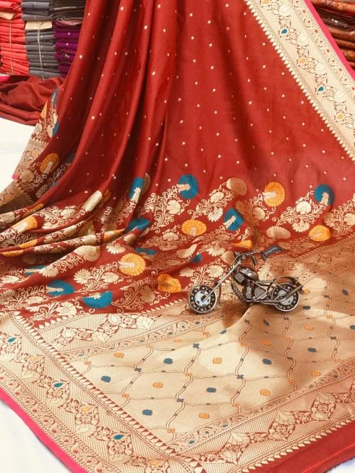 women's Attractive Soft Silk Saree in Maroon