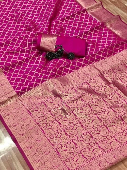 pink saree with golden border at grabandpack.com