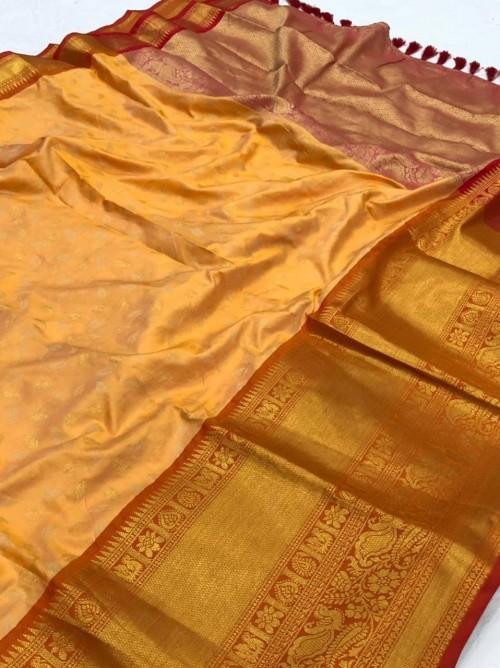 Cream kanchipuram silk saree by grabandpack.com