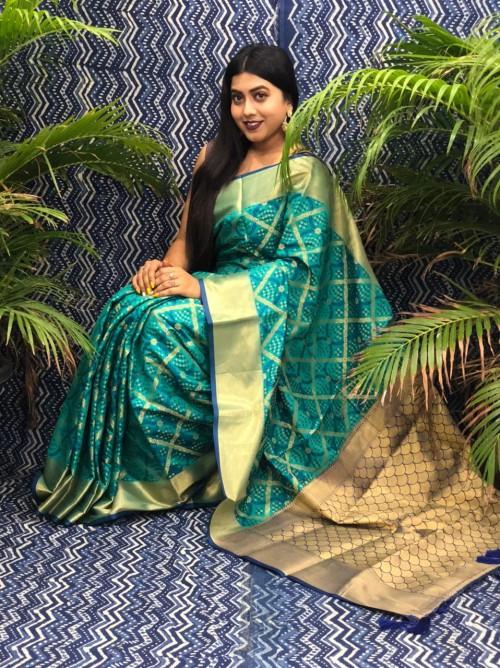 Green Silk Blend Woven Design Patola Saree