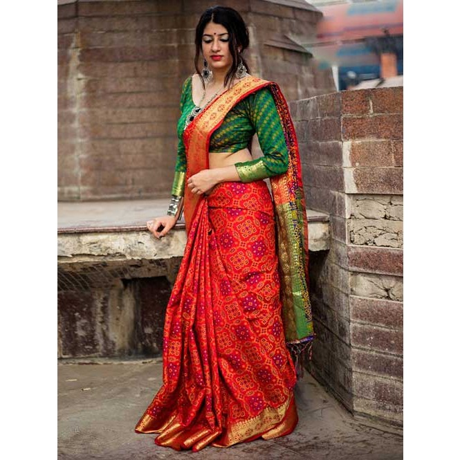 0bd88a996bb15 Beautiful Colored Heavy Banarasi Silk Saree With Fancy Blouse