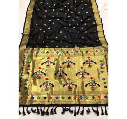 Appealing Black Kanchipuram woven saree gnp0108385