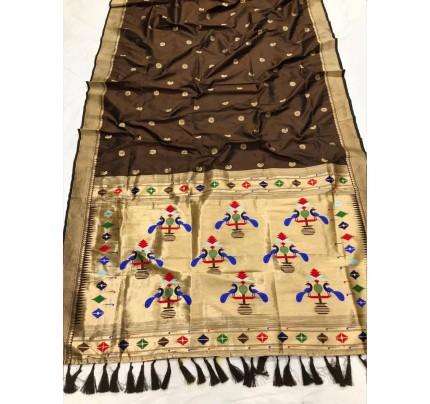 Appealing Brown Kanchipuram woven saree gnp0108387