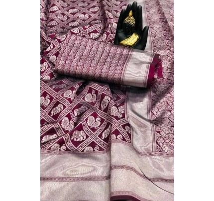 Women's Banarasi silk Weaving saree in Purple - gnp007655