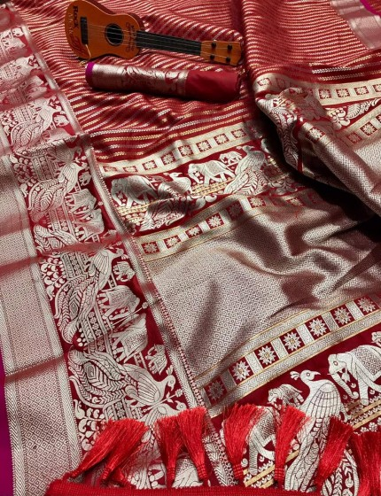 kanchipuram silk saree in Red