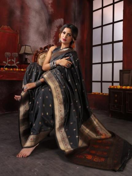 Attractive soft silk weaving Attractive soft silk weaving saree in Black