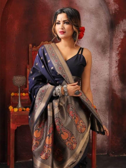 soft silk weaving saree in Blue