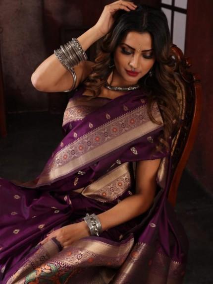 Attractive soft silk weaving saree in Purple