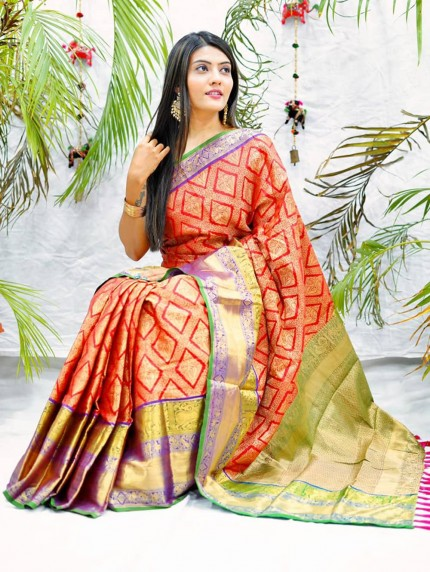 Traditional kanchipuram saree in Red colour