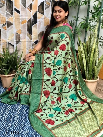 women's Green Big Flower Design Saree