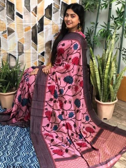 women's Pink Big Flower Design Saree