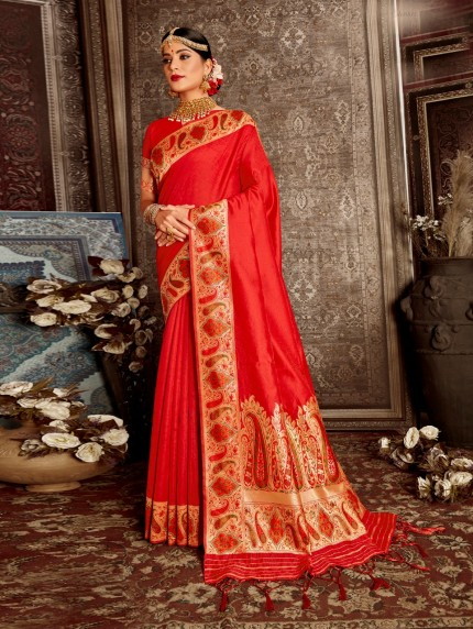 Grabandpack red saree look for reception