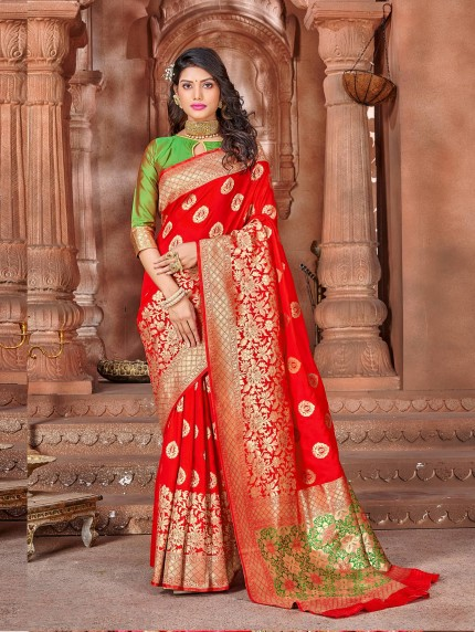 grabandpack Red Soft silk Weaving with Contrast Pallu & Blouse