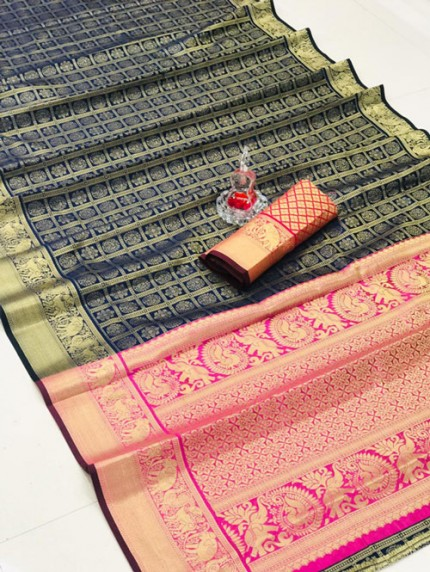 Silk Woven Kanchipuram Pattern saree