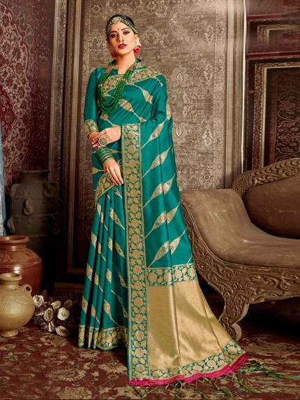Green coloured Soft silk saree online india