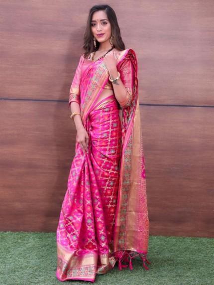 Trendy Pink Weaving Jacquard saree - grabandpack